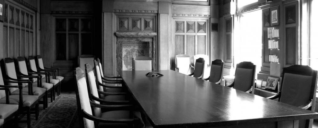Bespoke Boardroom Head Office